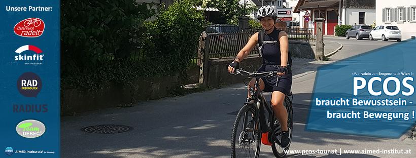 Marion auf dem E-Bike